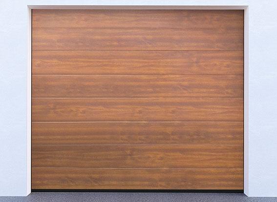 Sekční garážová vrata řady G-door, model zlatý dub